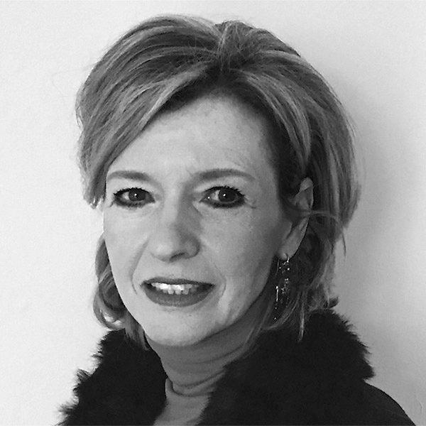Dr. Claudia Hartmann